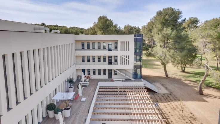 Aix-en-Provence : Newton Offices Golf des Milles se dévoile en images